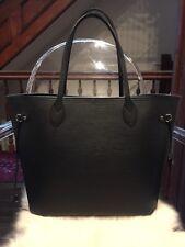Louis Vuitton Neverfull MM Epi Leather Black Noir