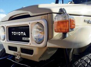 Front Turn Signal Light for Toyota Land Cruiser BJ HJ FJ40 45 43 47