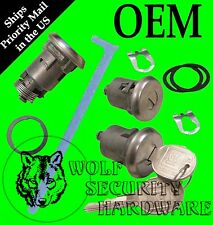 GM Chevy Door Lock (Medium) Key Cylinder Pair & Trunk Lock Chrome 2 GM Logo Keys