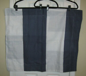 NWOT ~ Set of 2 MARTHA STEWART Navy & White Stripe STANDARD Pillow Shams