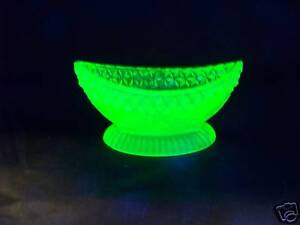 VASELINE URANIUM GLASS OPEN MASTER BOAT SALT  TABLEWARE  ((id132589))
