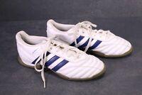 SB733 Adidas Questra Fußballschuhe Gr. 38 Indoor Kunstleder weiß blau