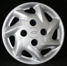1998 1999 2000 Chevrolet Metro wheel cover, OEM # 30019457, Hollander # 3228
