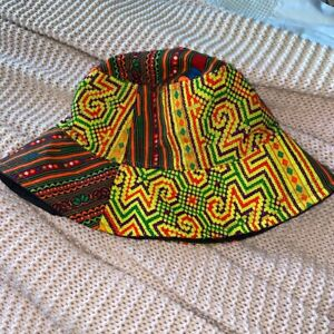 Hand made bucket hat (hippy / psychedelic Style)