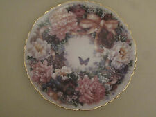 Floral Wreath collector plate Circle Of Love Lena Liu Floral Greetings