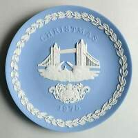 Wedgwood China JASPERWARE CHRISTMAS PLATE Tower Bridge