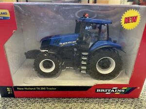 42726 1/32 Britains New Holland T8.390 - Damaged