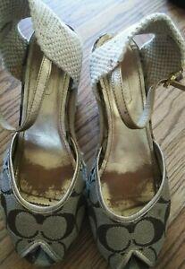 Coach platform sandals size 7b