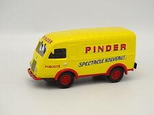 """Altaya Circus Pinder 1/43 - Renault 1000 Kg """"Advertising"""""""