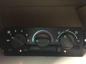 99 00 02 01 silverado Avalanche heater climate control temperature switch unit