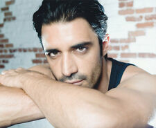 Gilles Marini UNSIGNED photo - 2688 - HANDSOME!!!!!