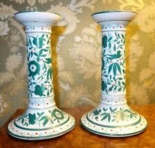 """Une paire de Antique Porcelaine bougeoirs Meissen? Dresden? """"JR"""" signature/Mark"""