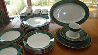 Green Dinnerware Set Jade Garland by Retroneu Fine China service 8 6 bowls EUC