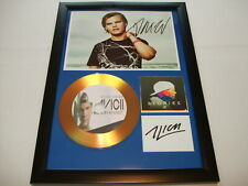 AVICII  SIGNED  GOLD CD  DISC  4