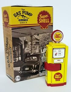 Greenlight 1/18 Scale - Gas Pump - Super Shell -  For Diecast Model Car Display