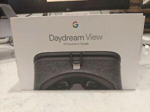 Google Daydream View VR Headset - Slate 1st Generation - Original Box
