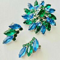 Vintage D&E Juliana Sapphire Emerald Rhinestone Flower Brooch Pin Earrings Set