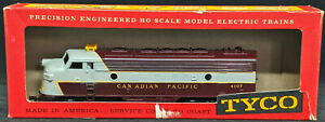 TYCO HO: Diesel F9 A Canadian Pacific #4107 Locomotive. DUMMY  vintage