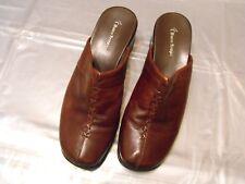 Women's brown Bear Traps Mule shoes Excellent Cond size 9M