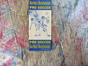 1975 HARTFORD BICENTENNIALS MEDIA GUIDE Yearbook Program NASL Soccer Press Book
