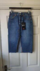 Levis High Rise Easy Through Hip Deconstructed Denim Skirt Size 4/W25 *BNWT*