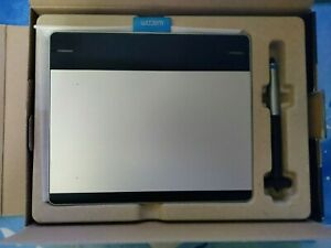 Wacom Intuos CTH-480 Pen and Touch Small graphics tablet with pen/cable/box.