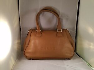 Authentic CHANEL Brown Leather w tassel  Made in Italy