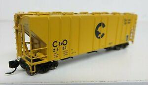 Atlas-N CHESSIE-C&O PS-4000 Covered Hopper Car #2481 R-T-R NIB
