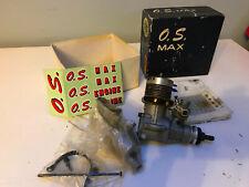 O.S. Max 40R/C A Control Remoto Motor-en muy buena condición con Silenciador Colector