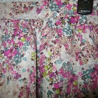 Boutique Forever 21 White & Pink Floral Skirt SO CUTE S Small Side Zip POCKETS