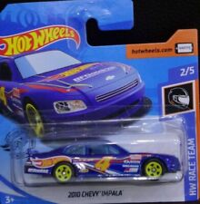 Hot Wheels 2010 Chevy Impala azul HW Race Team 2/5 2020 209/250 GHC57-D521