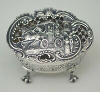 WILLIAM COMYNS ENGLISH STERLING SILVER REPOUSSE LATTICE CARRIAGE BOX CLAW FOOT