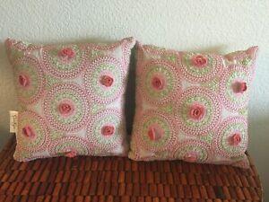 NWT ($100 Retail) (2) Jessica Simpson Amrita Medallion Decorative Pillows 16x16