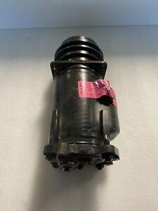 Rolls Royce Silver Spirit AC Compressor A6557067M