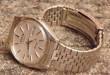 ancienne montre CITIZEN SEVEN  vendu en tres bon etat fonctionne
