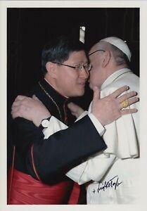 Original signiertes Foto Luis Antonio Cardinal Tagle - Kardinal Papst Franziskus
