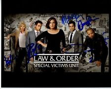 LAW & ORDER: SVU Signed CAST Photo MARISKA HARGITAY RAUL ESPARZA DANNY PINO