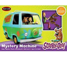 Polar Lights 1:25 Scooby Doo - The Mystery Machine SNAP Model Kit w/ Figures Set