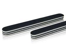 Kits et outils noirs pour manucure et pédicure