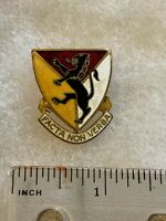 Authentic US Army 124th Field Artillery Regiment DUI DI Unit Crest Insignia NH