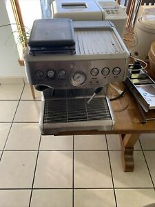 Breville BES860XL the Barista Express Espresso Machine - Silver