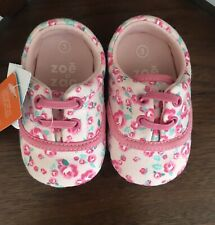 Zoe & Zac Size 3 Girls Infant Floral Flat Walking Shoes Adorable Pink Nwt