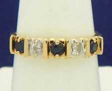 CUBIC ZIRCONIA BAND RING SOLID 10 K GOLD 2.5 g SIZE 7.5