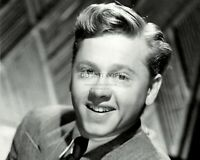 MICKEY ROONEY LEGENDARY ACTOR - 8X10 PUBLICITY PHOTO (DA-098)