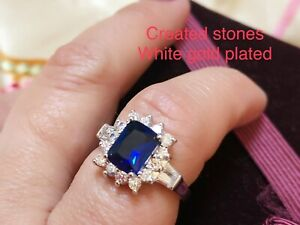 2ct emerald cut sapphire cluster ring uk size N;us 7