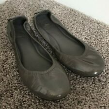 Tory Burch Eddie Patent Taupe Brown Grey Flats Pre-Owned Size 7.5