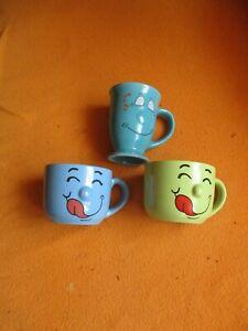 3 Kaffeetassen mit Gesicht aus Porzellan