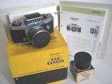 fotocamera EXAKTA VX 1000 con obiettivo 50mm e lente addizionale per macro