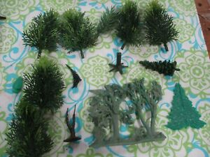 O Scale sized Plastic, metal, Trees Foliage, Trunks, Plasticville, Britains, MLR