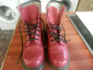 Dr Martins Ladies Boots Red Ankle Boot Size 5, Nice Condition . Worn Few  Times